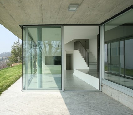 Aluminium Door Open on modern design building